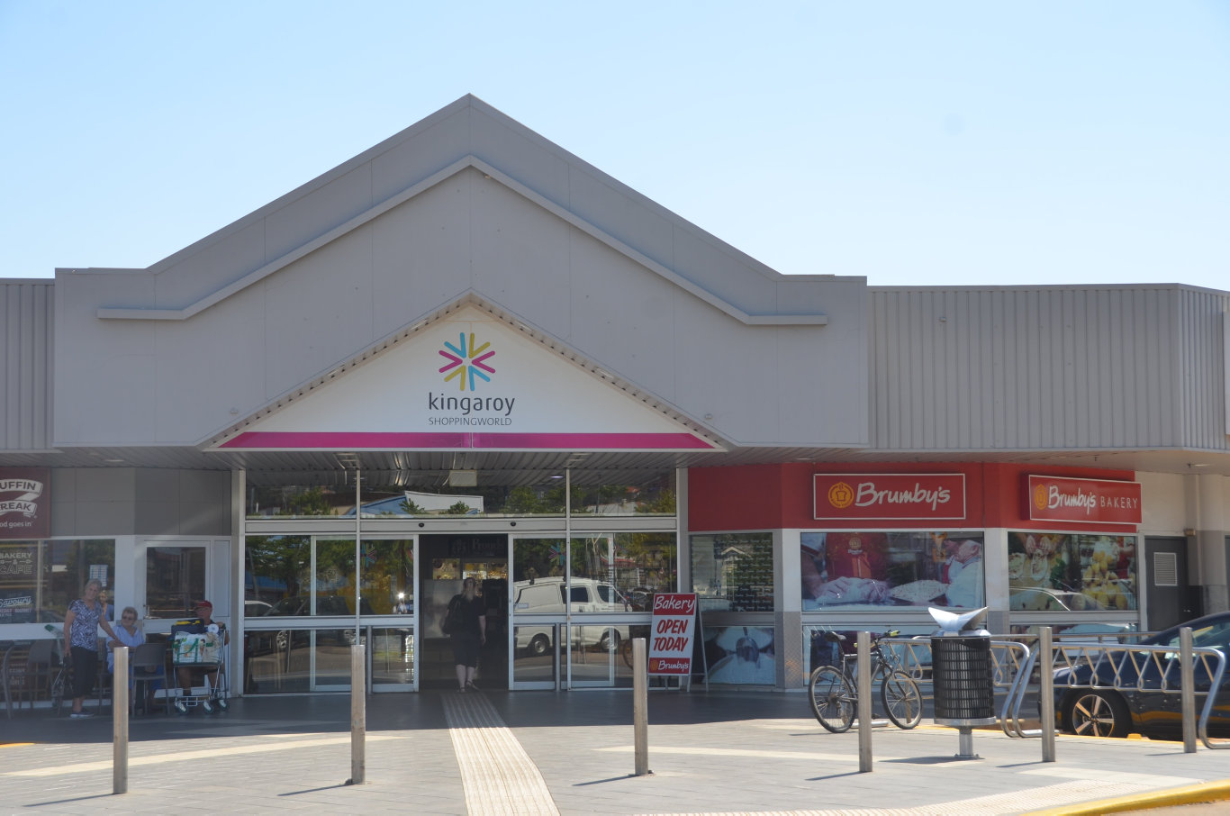 NO NEED FOR ALARM: Shoppers were asked to excuate the shopping centre in Kingaroy this afternoon after a false alarm went off alerting local fire crews to the scene.