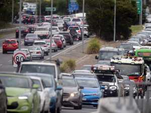 Traffic chaos on M1 after truck rollover