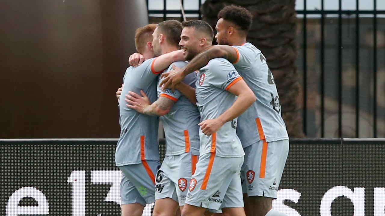 GOSFORD, AUSTRALIA – JANUARY 25: Brisbane Roar celebrate a goal (Mariners own goal – Lewis Miller) during the round 16 A-League match between the Central Coast Mariners and the Brisbane Roar at Central Coast Stadium on January 25, 2020 in Gosford, Australia. (Photo by Ashley Feder/Getty Images)