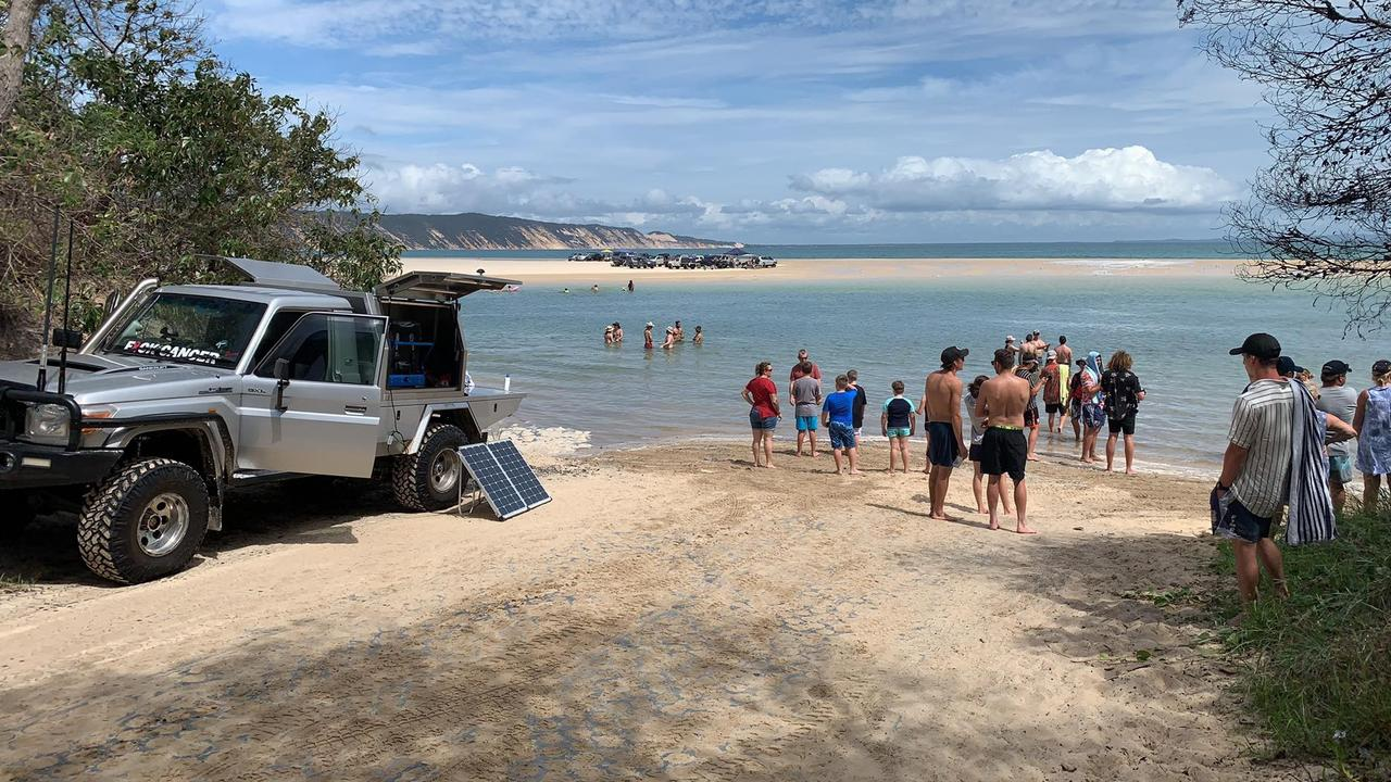 Witnesses say they will have to wait hours to get across to Rainbow Beach today as cars line the track to spend the day at the beach. Photo: Craig Warhurst