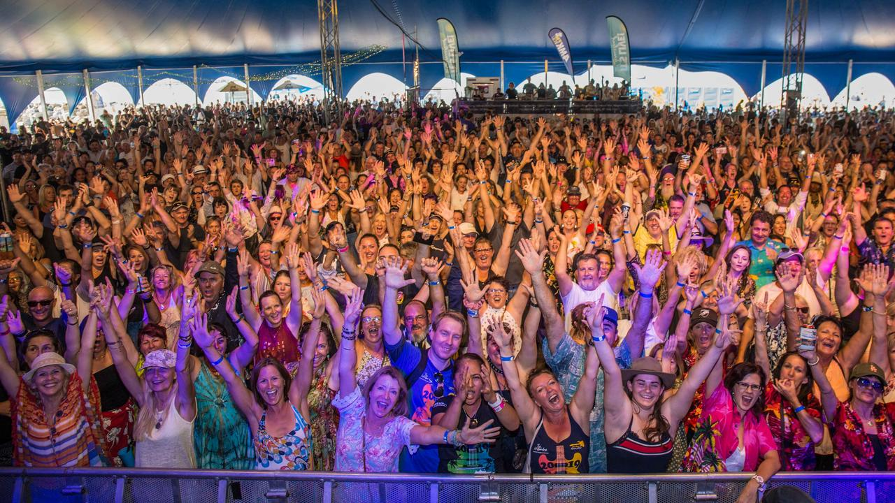 Crowds at the 2019 Airlie Beach Festival of Music. PHOTO: Andrew Pattinson / Vampp Photography