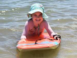Elsey Hutchinson, 5 keeps cool during Noosa's