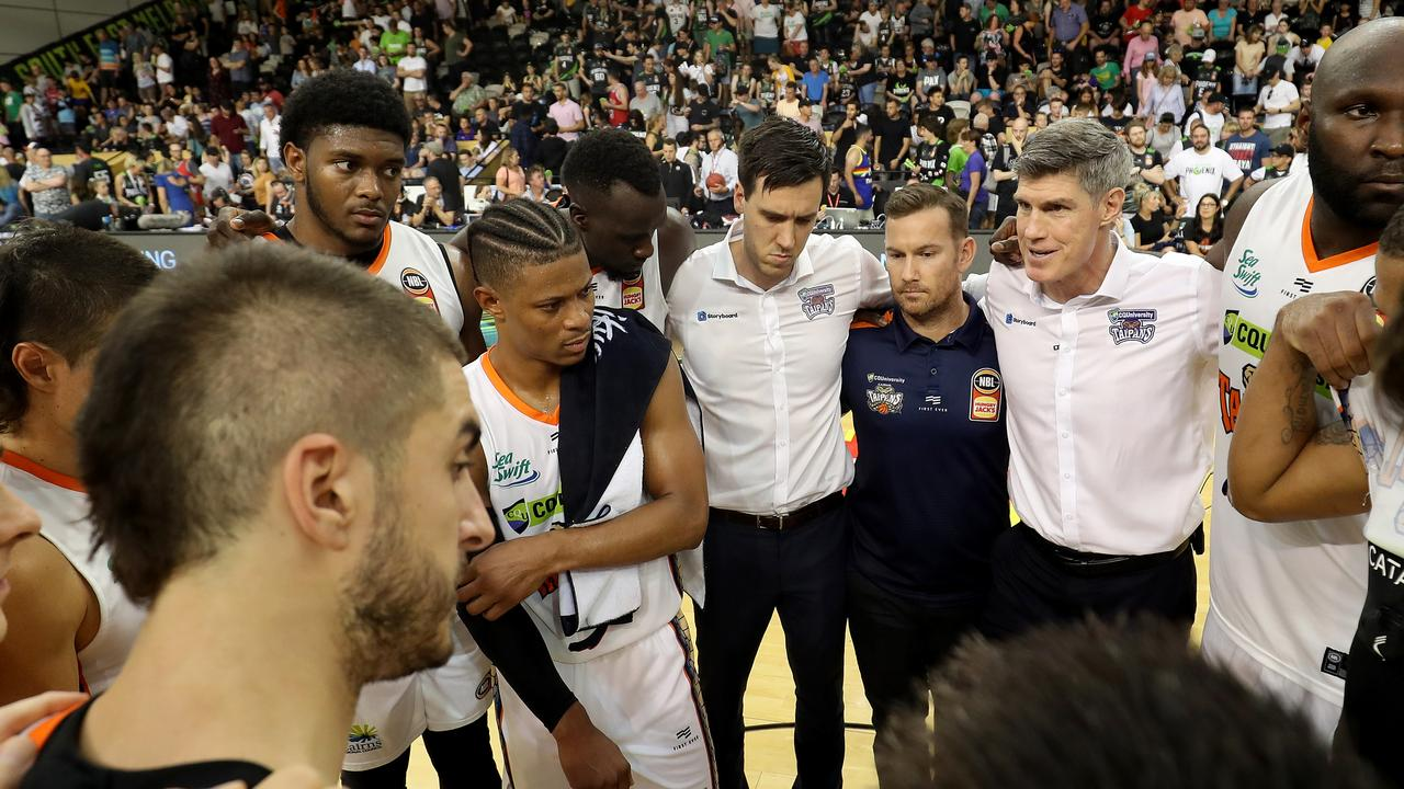 MELBOURNE, AUSTRALIA – JANUARY 26: Taipans Coach Mike Kelly speaks to his players post match during the round 17 NBL match between the South East Melbourne Phoenix and the Cairns Taipans at the State Basketball Centre on January 26, 2020 in Melbourne, Australia. (Photo by Jonathan DiMaggio/Getty Images)