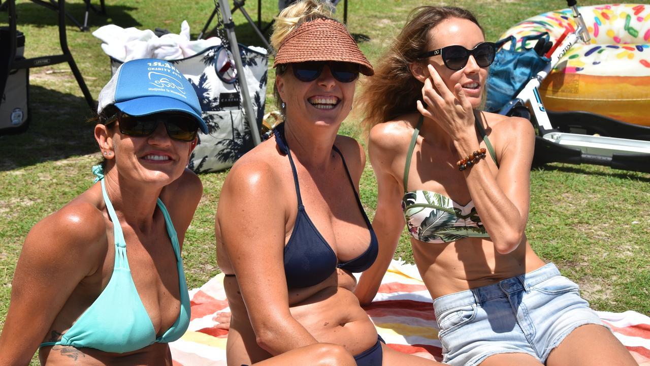 Belinda Grobler, Leizel Van Der Merwe and Nadine Basson enjoy a laugh and the sunshine.