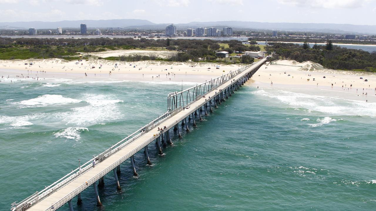 The sand pumping jetty at The Spit. Photo: Kit Wise