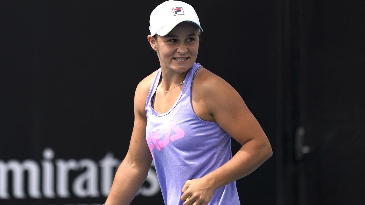 Ashleigh Barty takes part in a training session during day eight of the Australian Open tennis tournament in Melbourne, Monday, January 27, 2020. (AAP Image/Natasha Morello) NO ARCHIVING, EDITORIAL USE ONLY