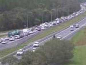 Bruce Hwy hit by 30km congestion nightmare