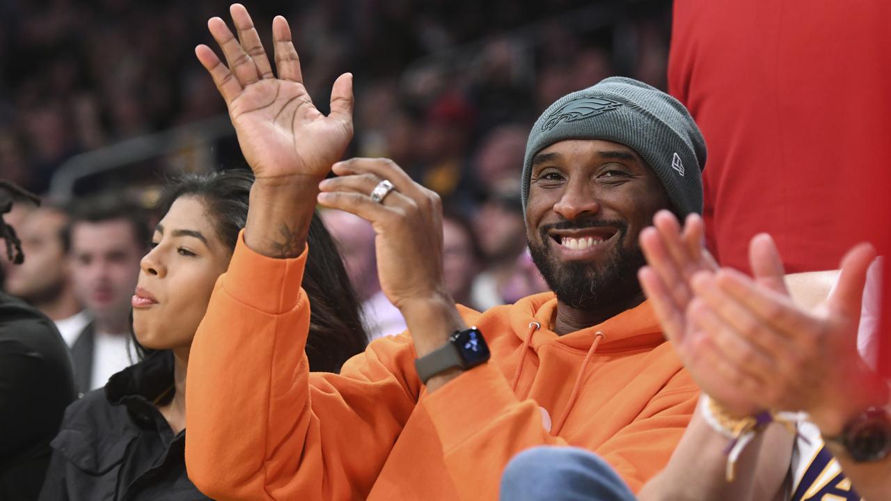 Vale Kobe Bryant. (AP Photo/Michael Owen Baker)