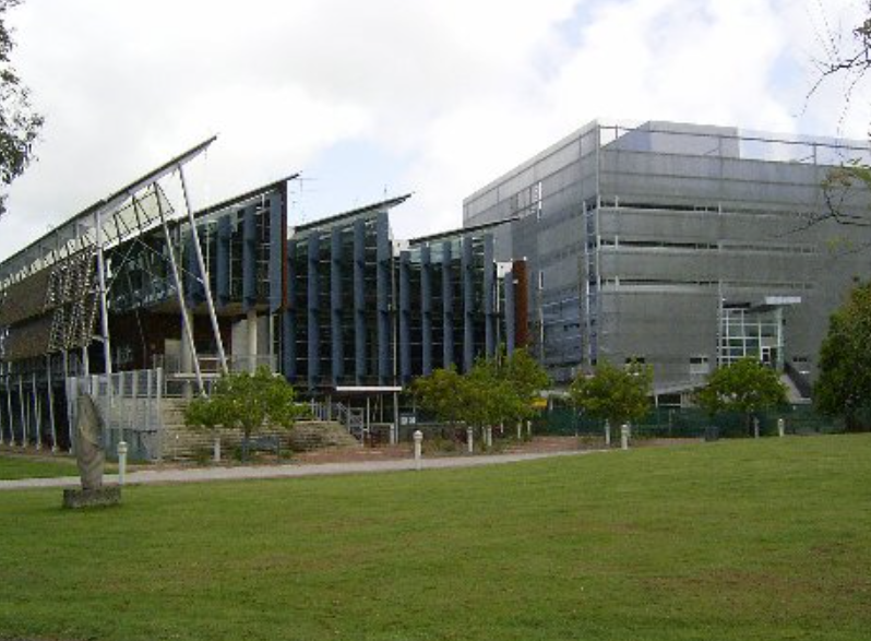 "The University of the Sunshine Coast is working to assist its 400 of its Chinese international students potentially ""grounded"" from travelling to Australia by quarantines aimed at containing the deadly coronavirus."