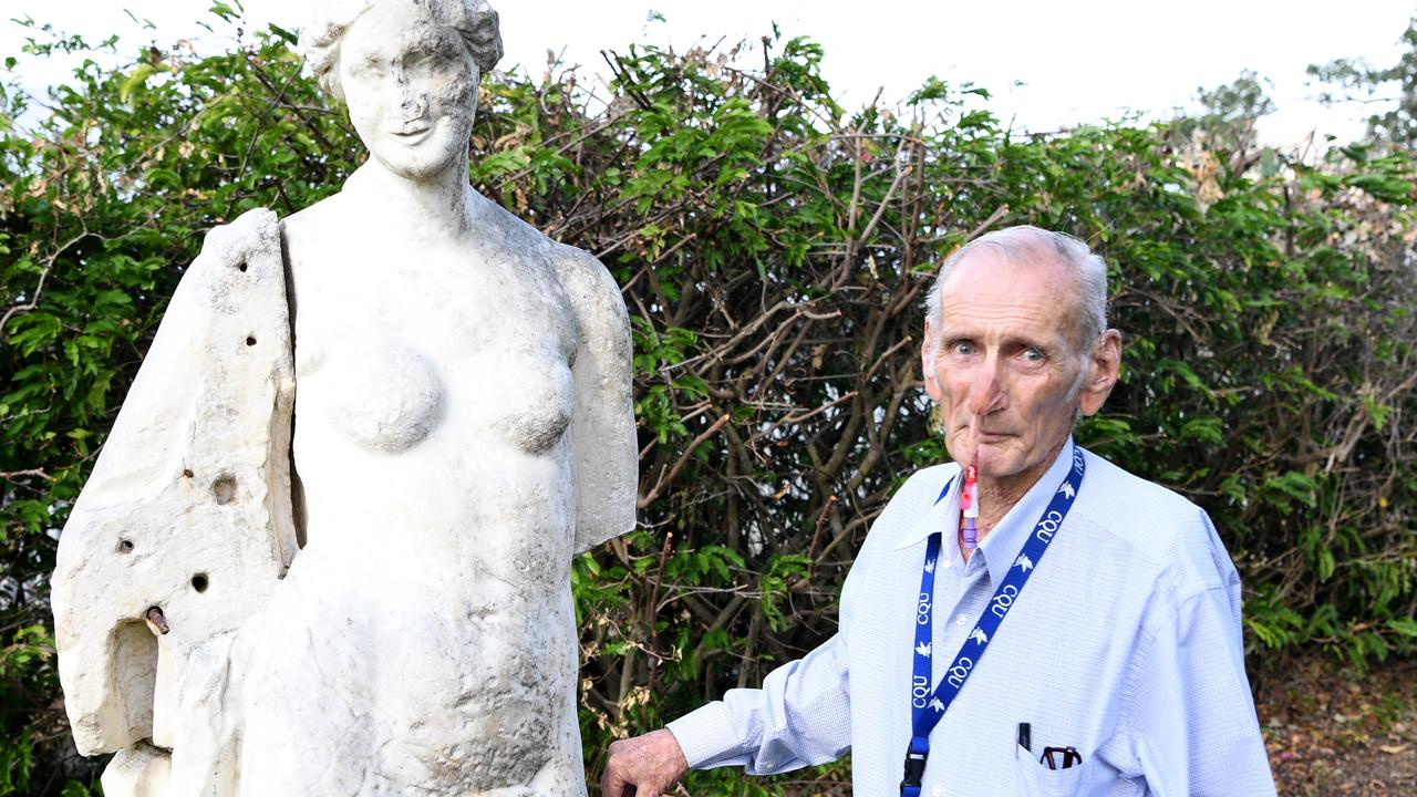 James Lindley and Madame Thozet's Statue reunited