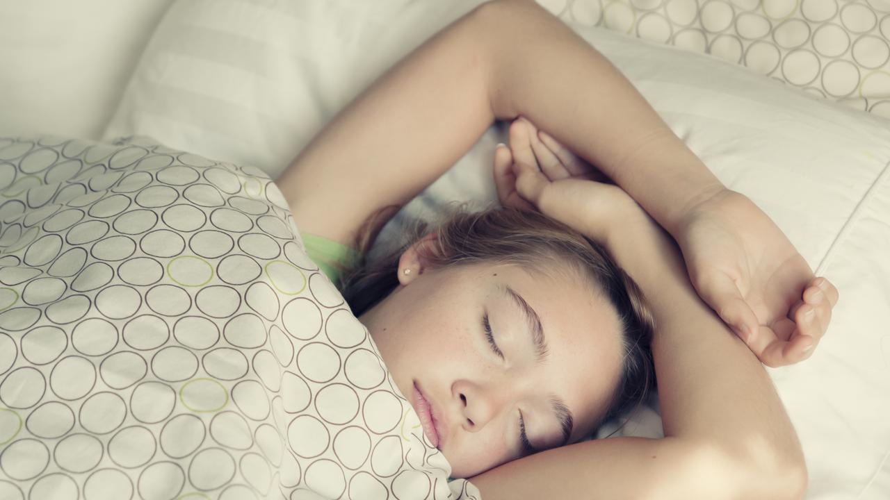 5 reasonw hy u can't sleep at night