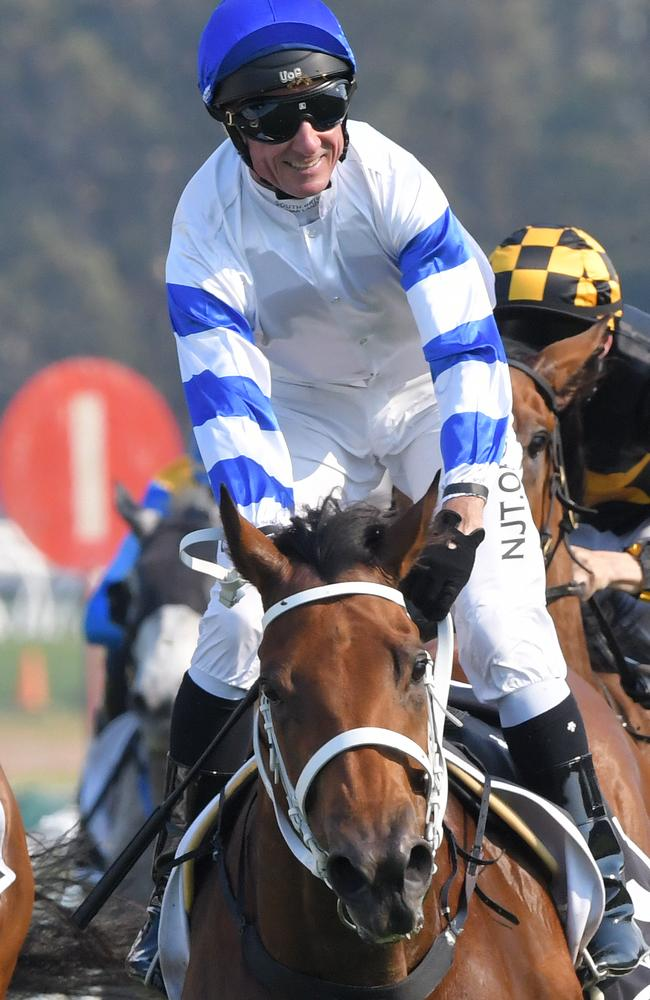 Boss rides Kolding to victory in Golden Eagle.