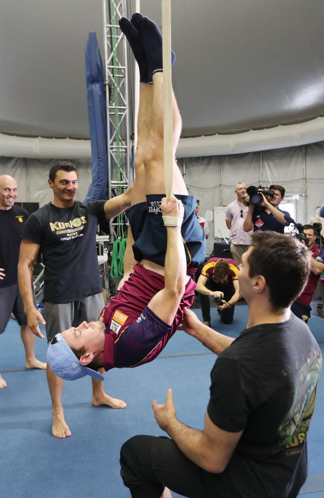 Lachie Neale works on his core strength. Picture: Annette Dew