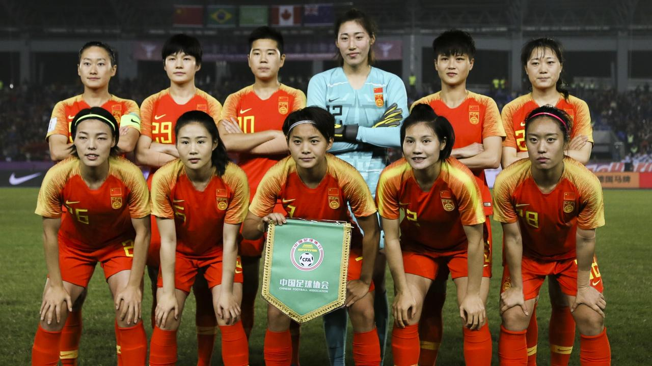 CHONGQING, CHINA - NOVEMBER 10: Players of China line up prior to the 2019 LOCAJOY Cup International Women's Football Tournament Yongchuan final match between Brazil v China at Chongqing Yongchuan Sports Center Stadium on November 10, 2019 in Chongqing, China. (Photo by VCG/VCG via Getty Images)