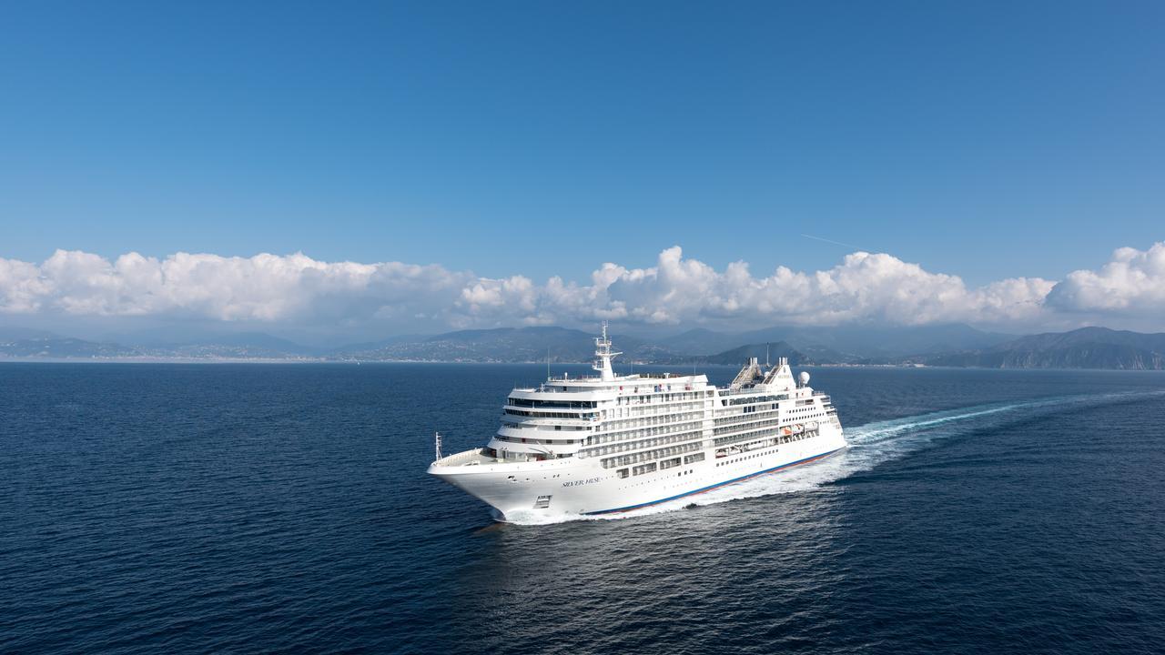 Silversea Muse at sea