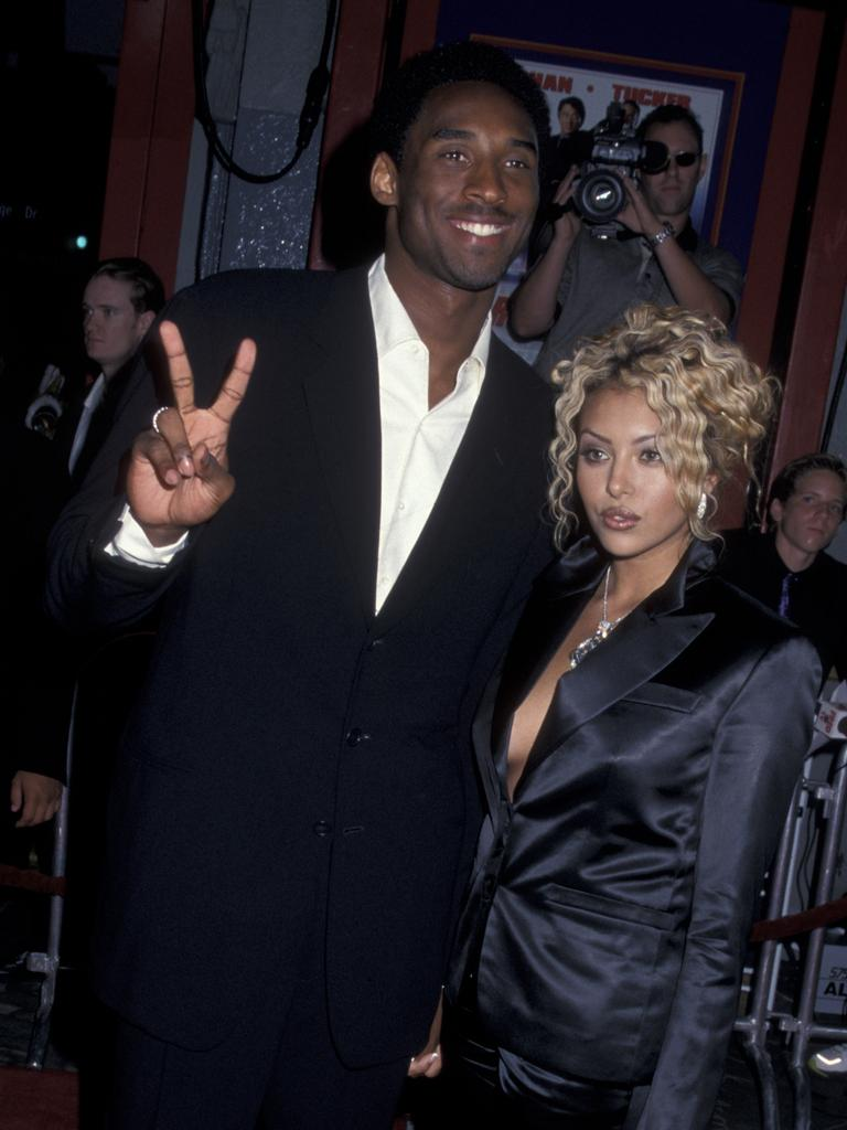 Kobe and wife Vanessa attend the premiere of