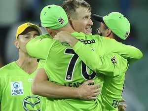 Thunder rumble on to keep BBL title dreams alive