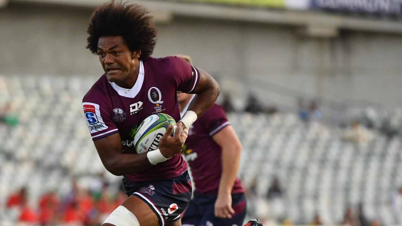 Henry Speight on his way to the tryline. Picture: AAP Image/Mick Tsikas