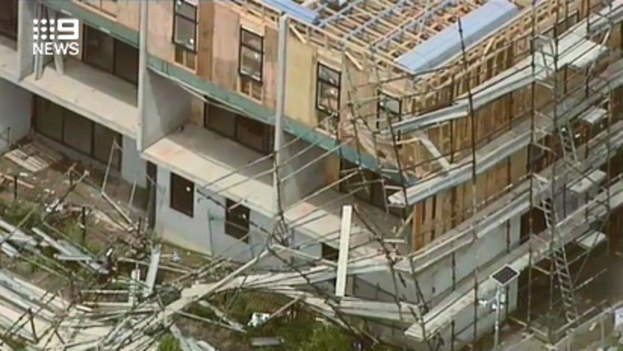 A closer look at the scaffolding collapse. Picture: Channel 9 Melbourne/Twitter