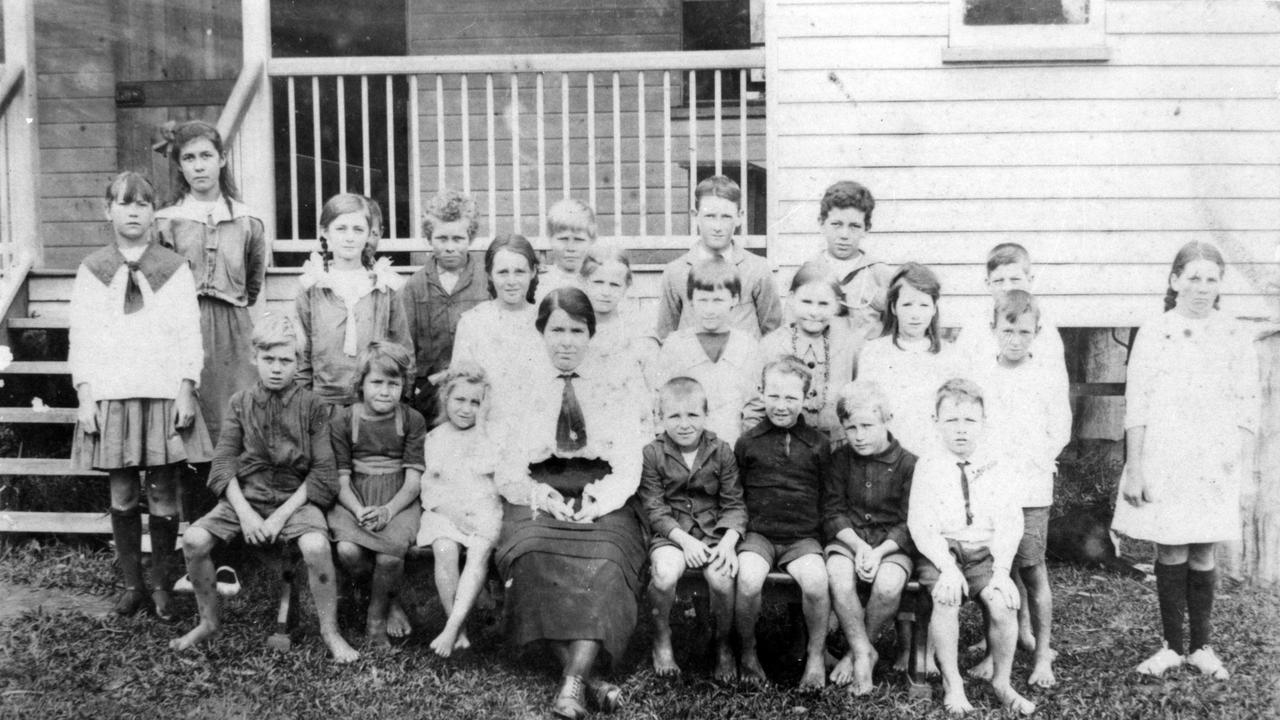 Coolum State School pupils with their teacher, Miss Ellen Chapman, ca 1920.