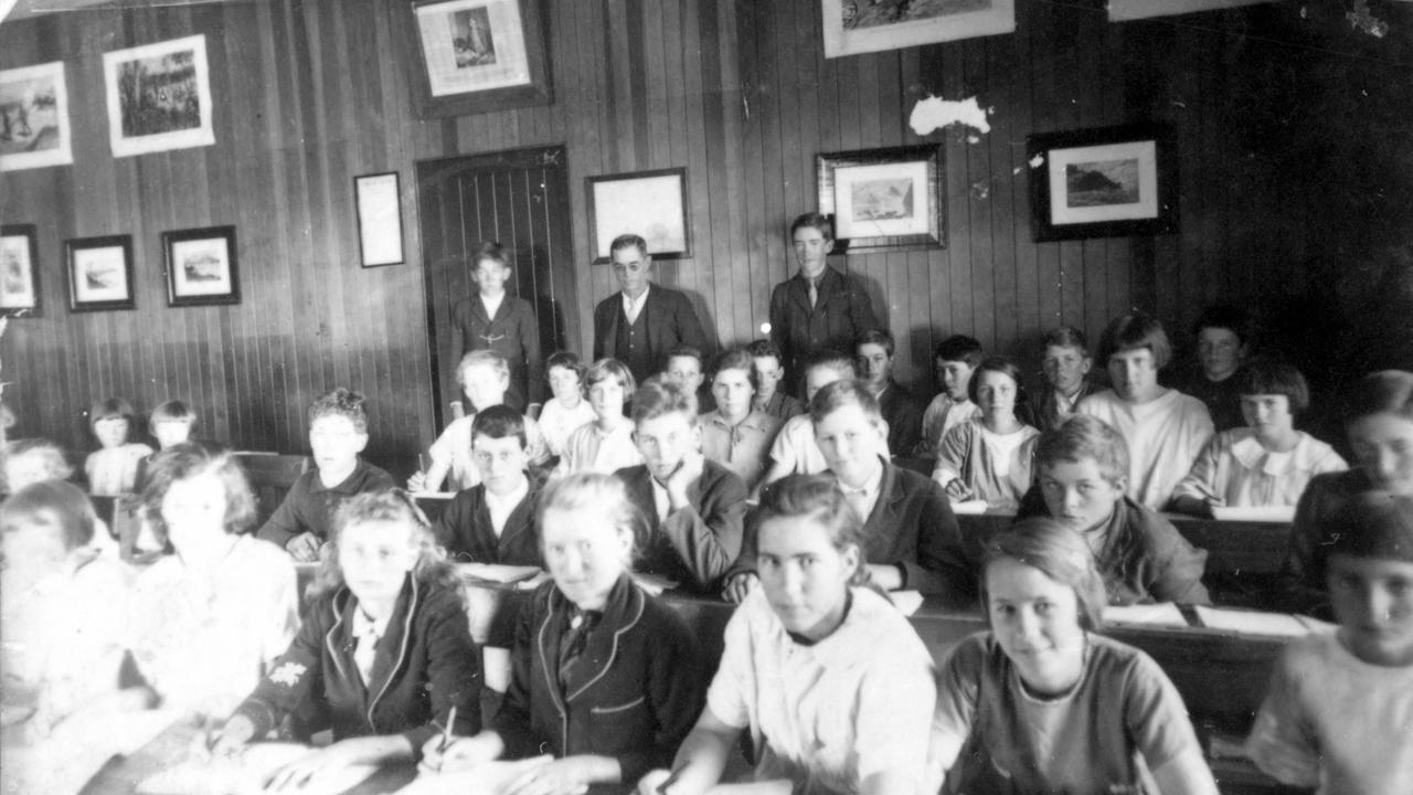 Students in the classroom, Maleny State Primary School, 1920.