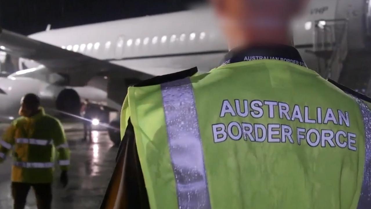 Australians evacuated from China's coronavirus-hit city Wuhan arriving on Christmas Island