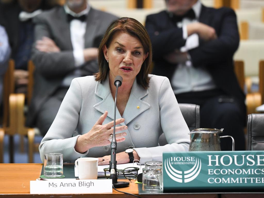 The committee says the laws would see people like former premier Anna Bligh facing jail for honest mistakes. Picture: AAP Image/Lukas Coch