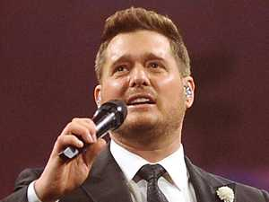 Michael Buble sings to bullied schoolgirl