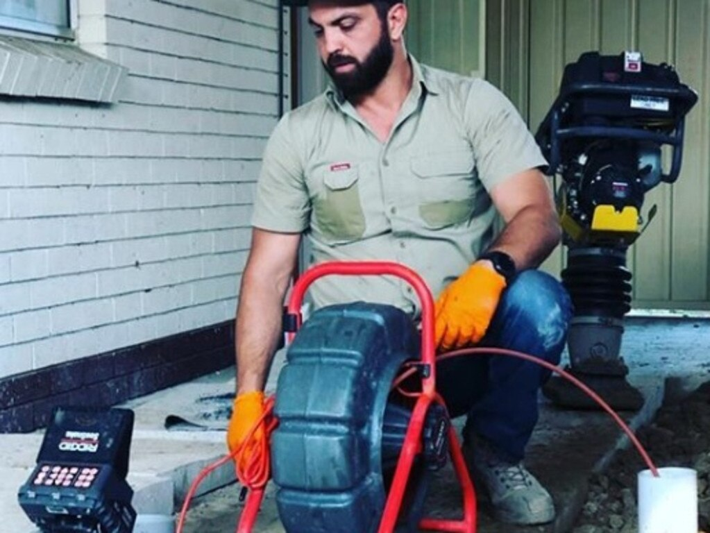 Tradies are charging up to $2000 for jobs that often take less than an hour, with some one in 10 reporting they're earning more than $200,000 a year.