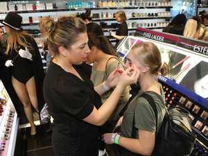 Makeup store's stunning response to virus