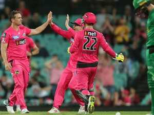 Stars fluff lines again as Sixers and SCG put on a show