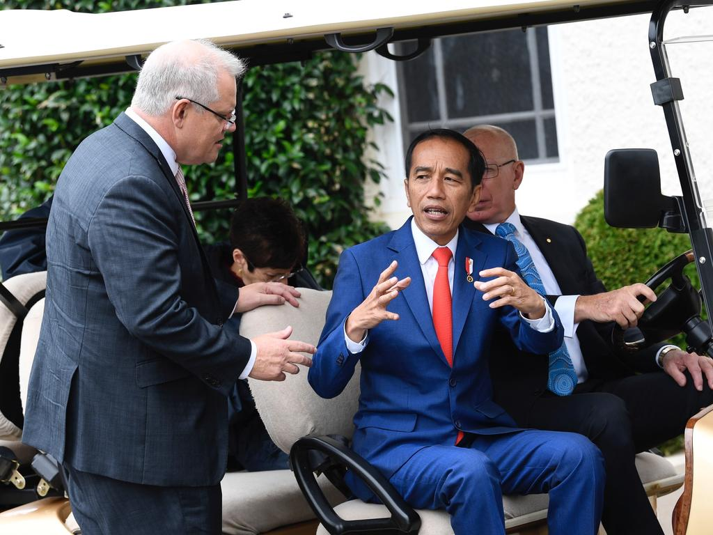 Joko Widodo went on a tour of the grounds at Admiralty House escorted by PM Scott Morrison and Governor-General David Hurley.
