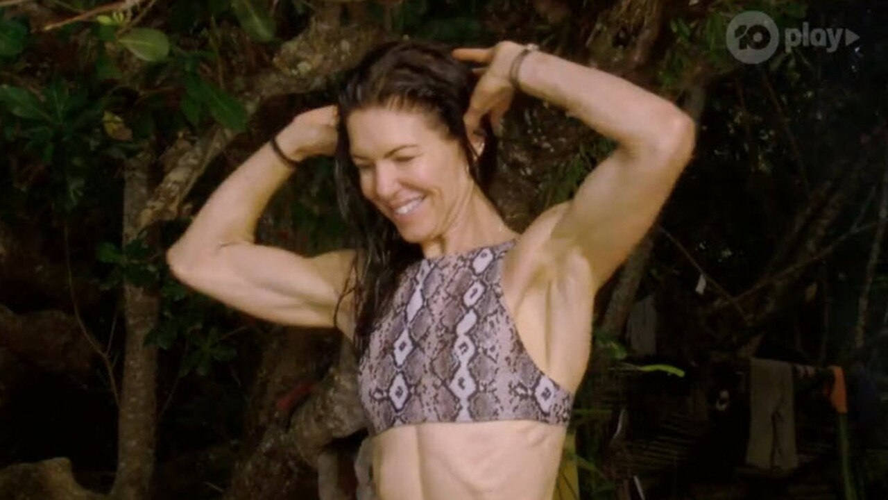 Jacqui shows off some bodybuilding moves.