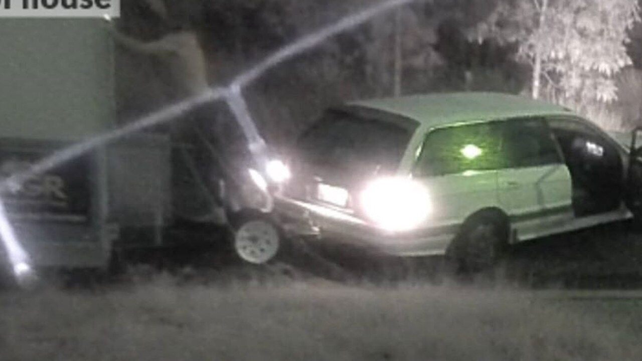 CCTV footage shows a man hooking up the trailer to a white stationwagon.