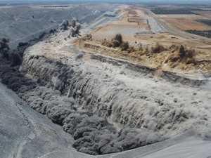 Caval Ridge mine blast