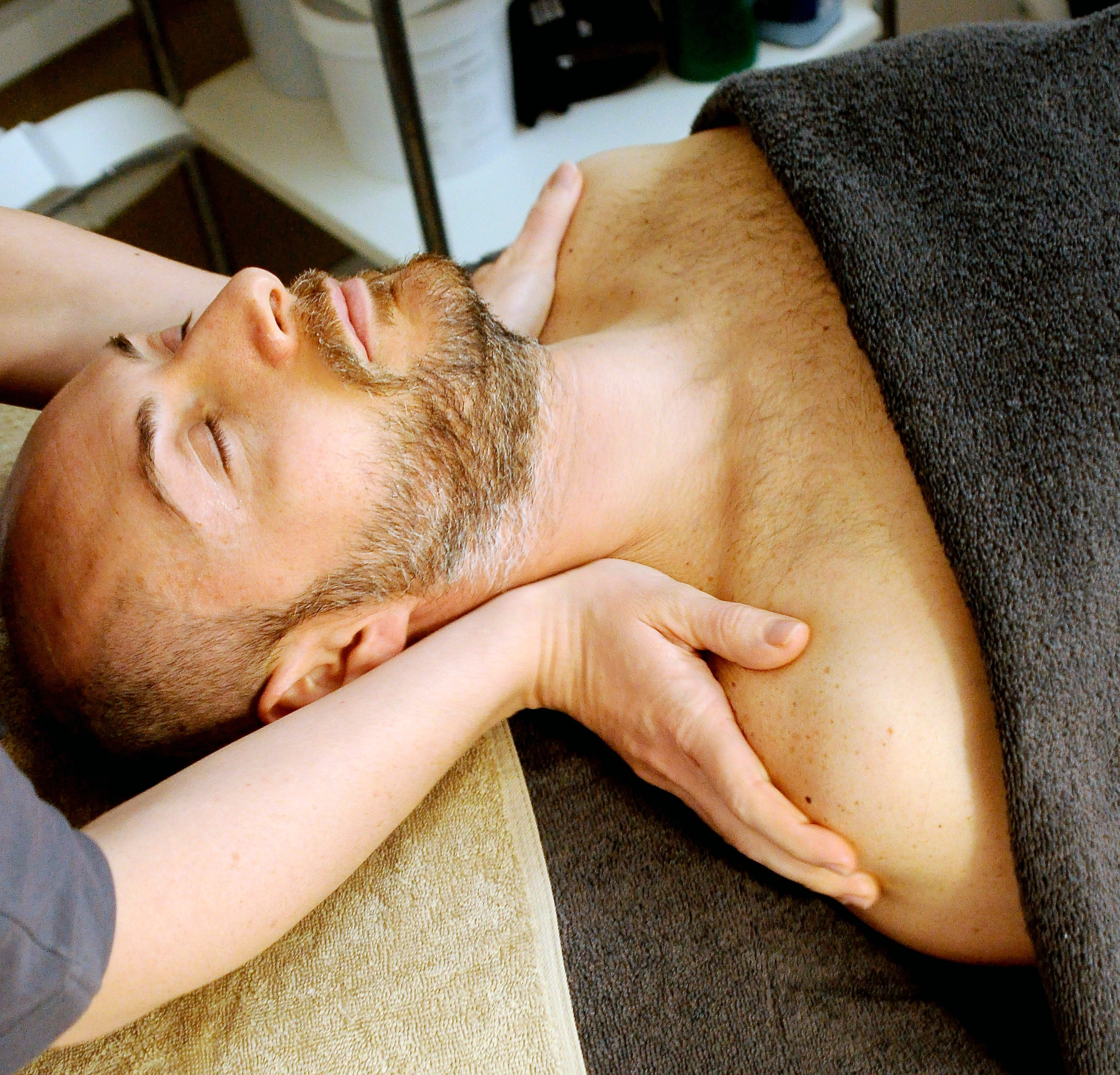 Everyone needs a pamper every now and again. Treat them to a massage voucher!