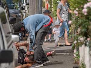 Photo captures moment children witnessed drug overdose