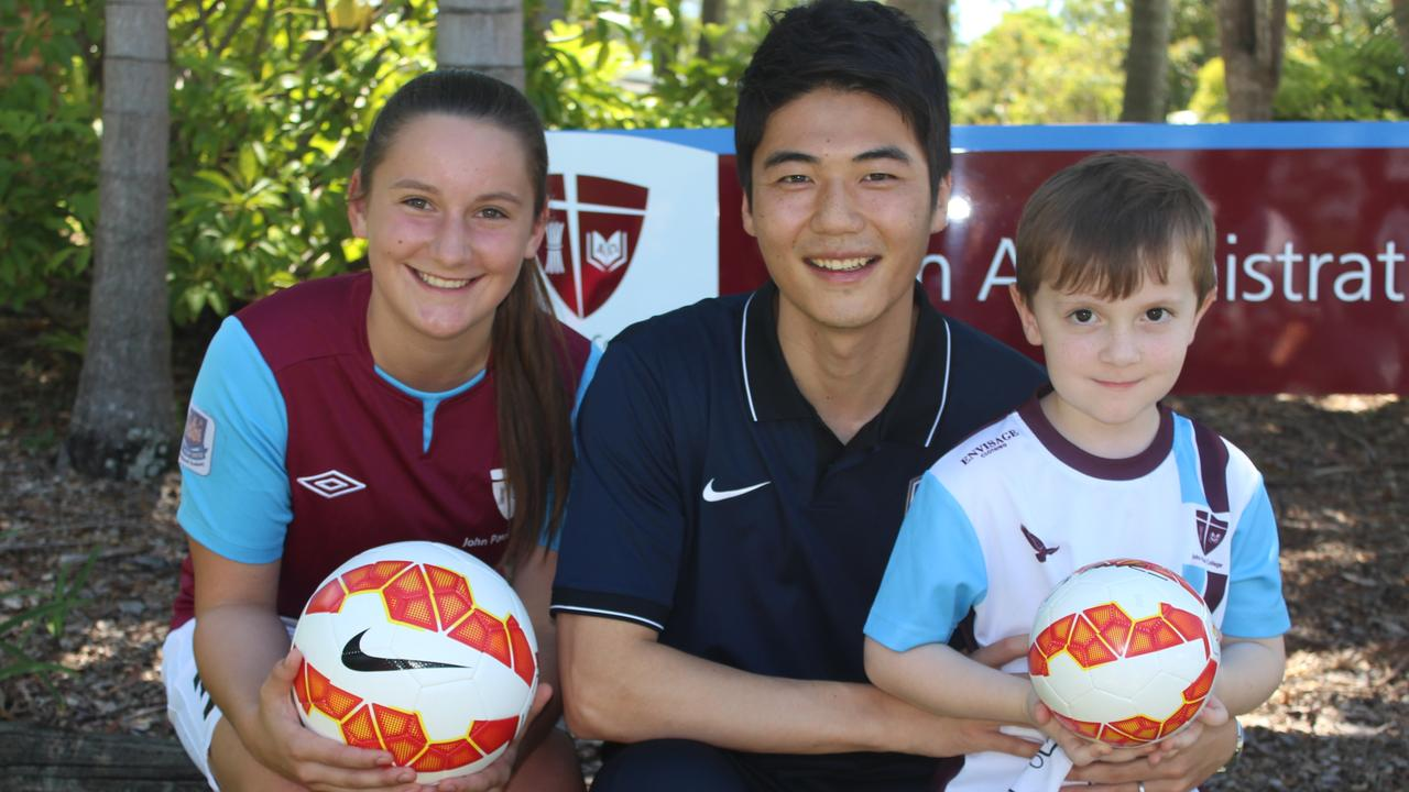 Former John Paul College student Ki Sung-yueng visits his former school in 2015. Picture: Supplied.