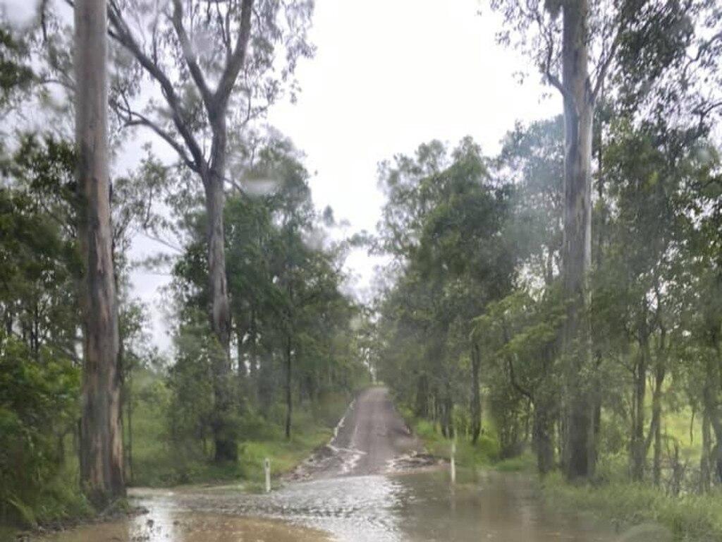 Kandanga Creek flooding in Ernst Rd