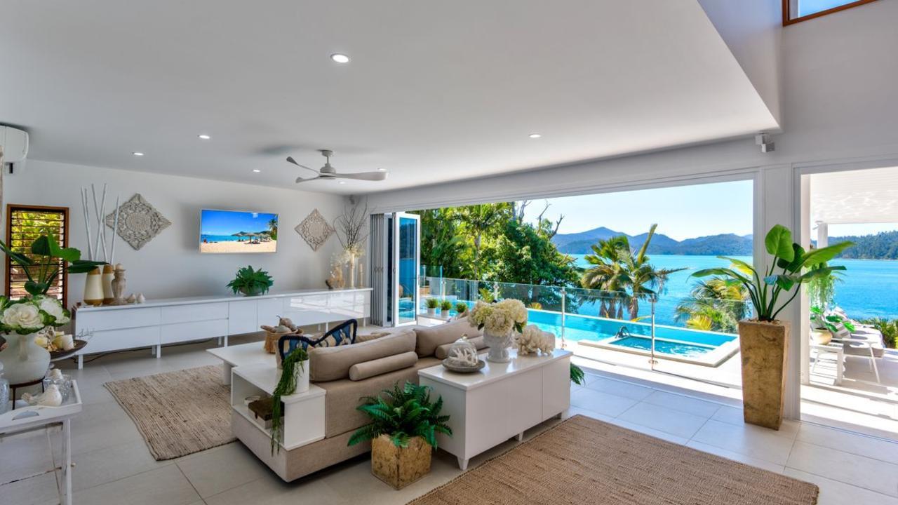 Lotus House 2 Grasstree Place, Hamilton Island, Qld 4803
