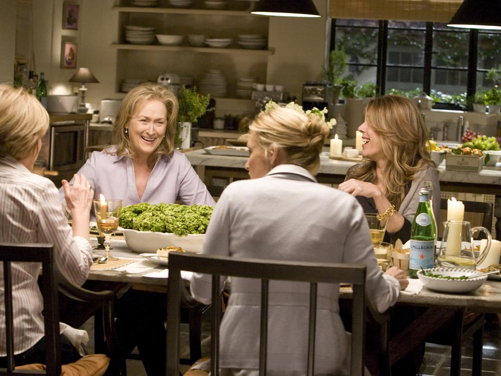 Meryl Streep (left) and Rita Wilson (right) in the film It's Complicated