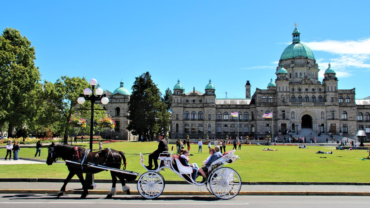 Carriage rides in front of the Parliament buildings. Picture: Shirley Sinclair