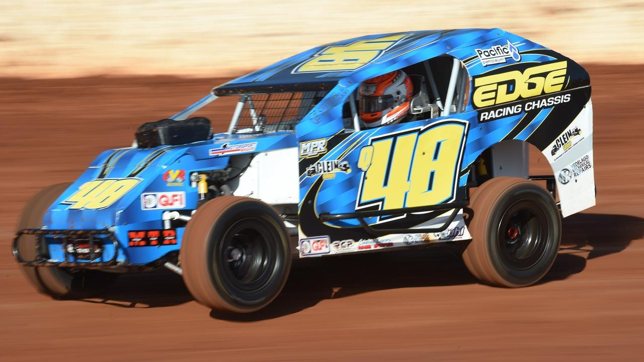 Toowoomba's Nathan Politch was among the 24 drivers who had nominated for the Queensland modlite title in Rockhampton this weekend.