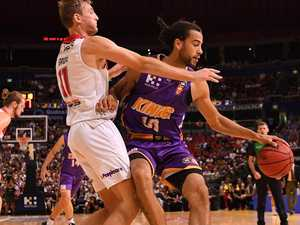 Sydney Kings thrash Hawks and claim NBL history