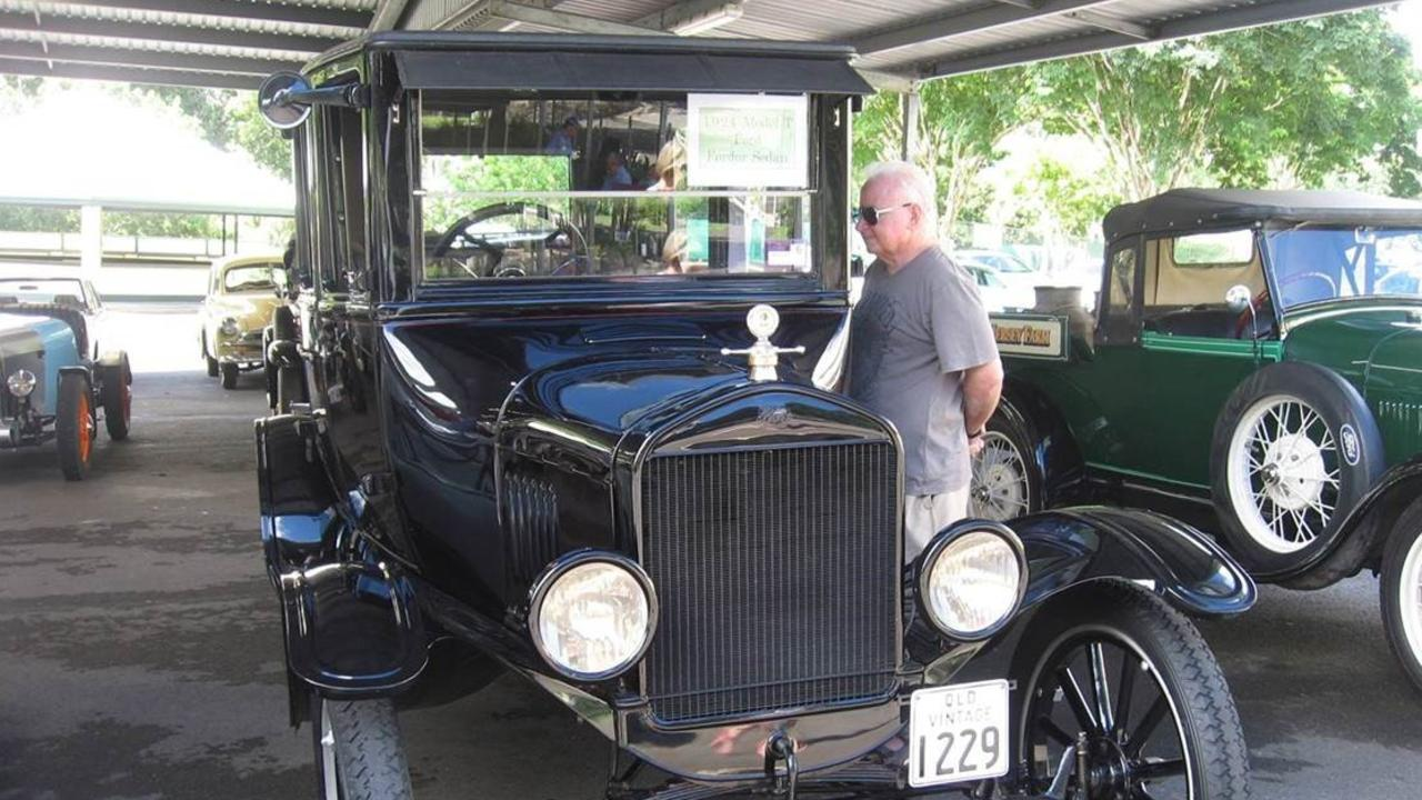 There's always plenty of interest in vehicles of all shapes, sizes and age at the Sunshine Coast Antique Car Club sign-on.