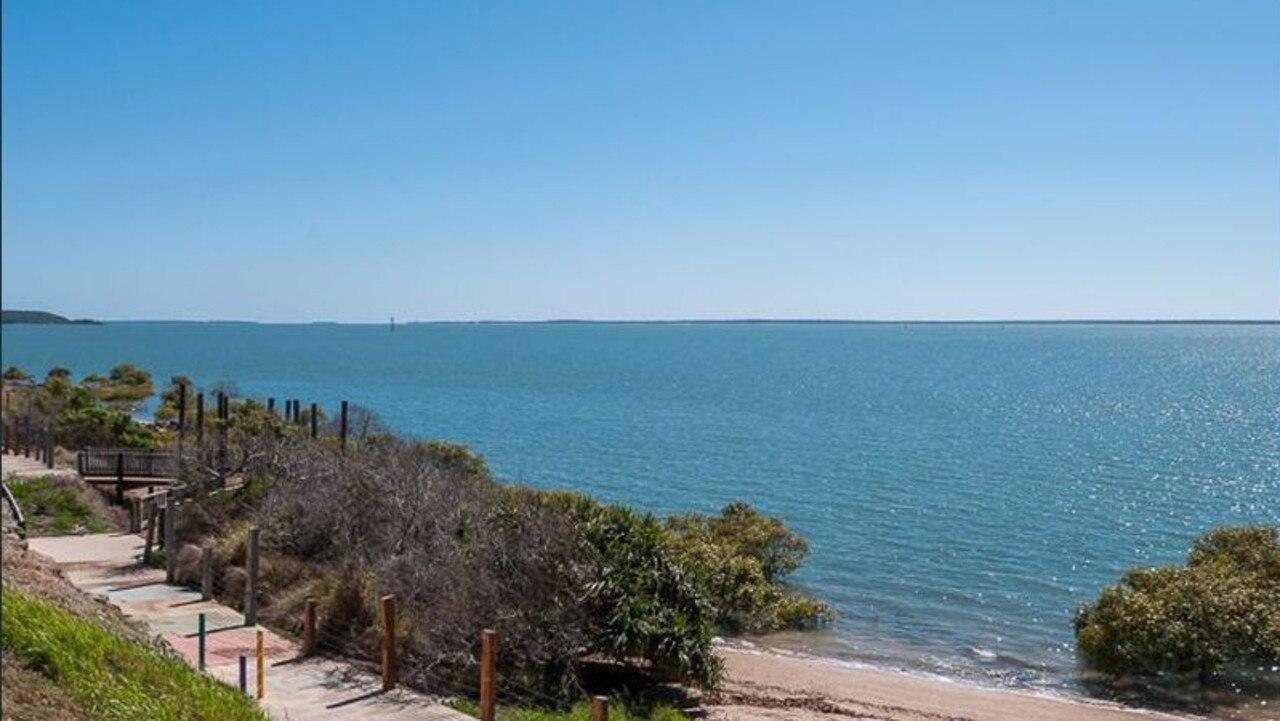 21 The Esplanade, Barney Point, Qld 4680
