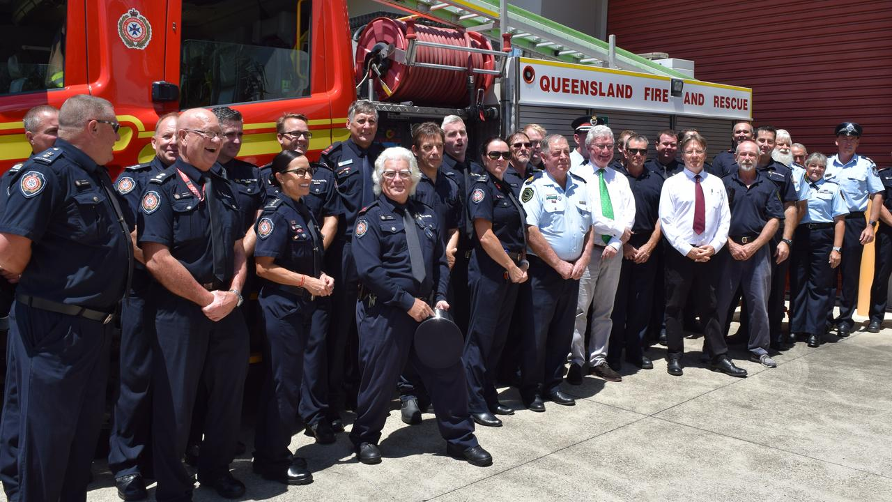 State president of Rural Fire Brigade Ian Pike and Noosa Mayor Tony Wellington join Queensland Governor Paul de Jersey and the hard working fire fighters and SES volunteers.