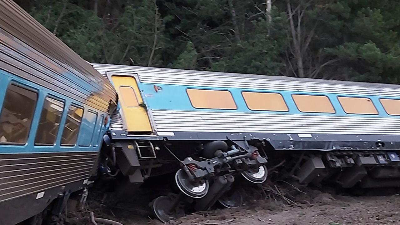 Two dead after Sydney to Melbourne passenger train derails near Wallan