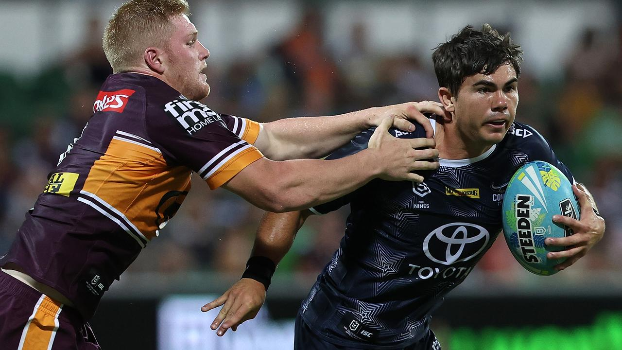 PERTH, AUSTRALIA – FEBRUARY 14: Jake Clifford of the Cowboys runs the ball against Thomas Flegler of the Broncos during Day 1 of the 2020 NRL Nines match between The Broncos and the Cowboys at HBF Park on February 14, 2020 in Perth, Australia. (Photo by Paul Kane/Getty Images)