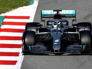Mercedes' mystery wheel rocks F1